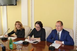 В Рязанской городской Думе обсуждают проблемы городского транспорта и платных парковок
