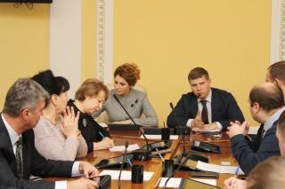 Депутаты РГД включатся в работу по пресечению фактов незаконной продажи алкогольной продукции несовершеннолетним