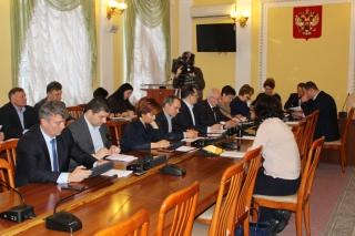 Депутаты городской Думы раскритиковали работу по капитальному ремонту домов