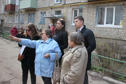 От проекта до результата: депутаты РГД контролируют работы по благоустройству дворов на всех этапах