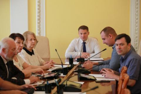 Депутаты обсудили подготовку города к новому отопительному сезону