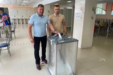 Олег Смирнов: «Мы в ответе за будущее наших детей»