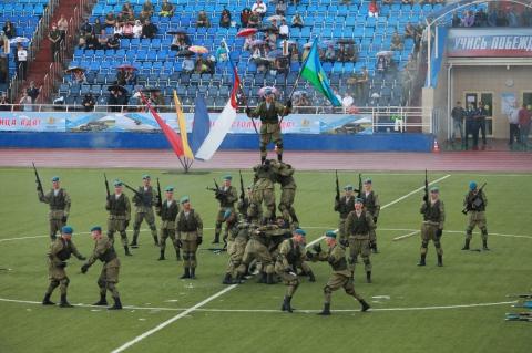 На стадионе «Спартак» прошел праздник «Рязань – столица ВДВ»