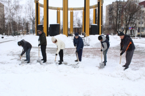 Депутаты Рязанской городской Думы и сотрудники аппарата поддержали акцию по уборке города от снега