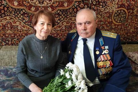 Лариса Максимова поздравила рязанского ветерана